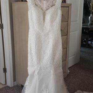 Dresses & Skirts - Wedding dress  Never Worn!!!